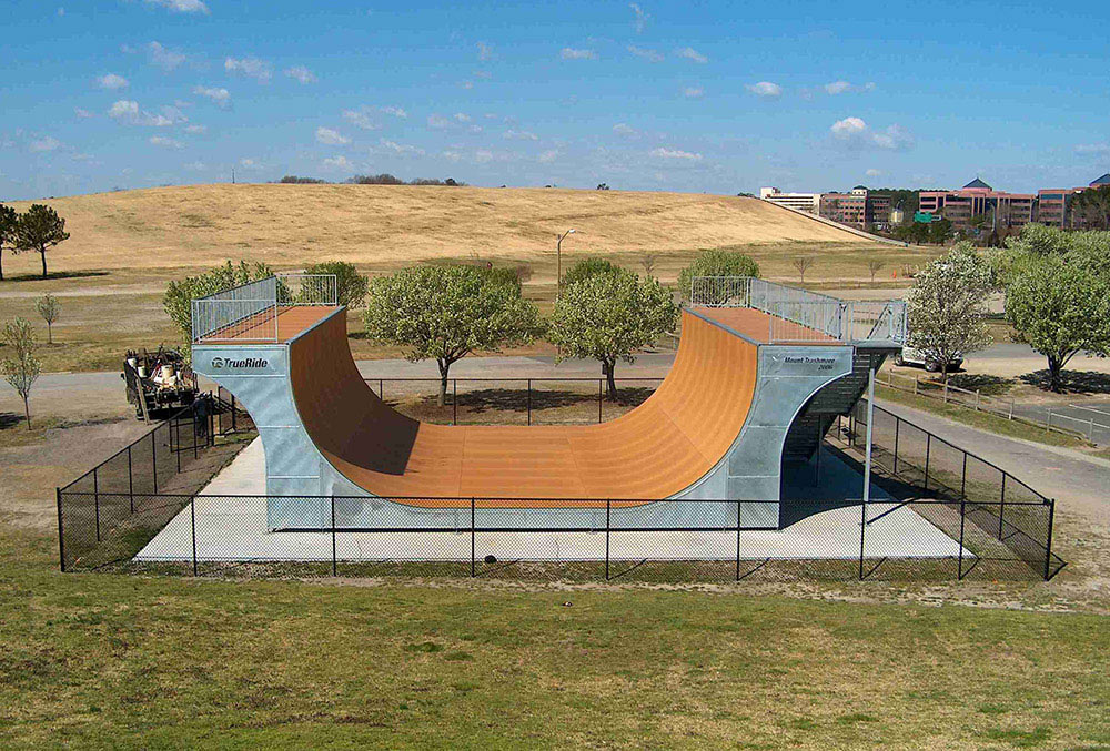 TrueRide skate ramp