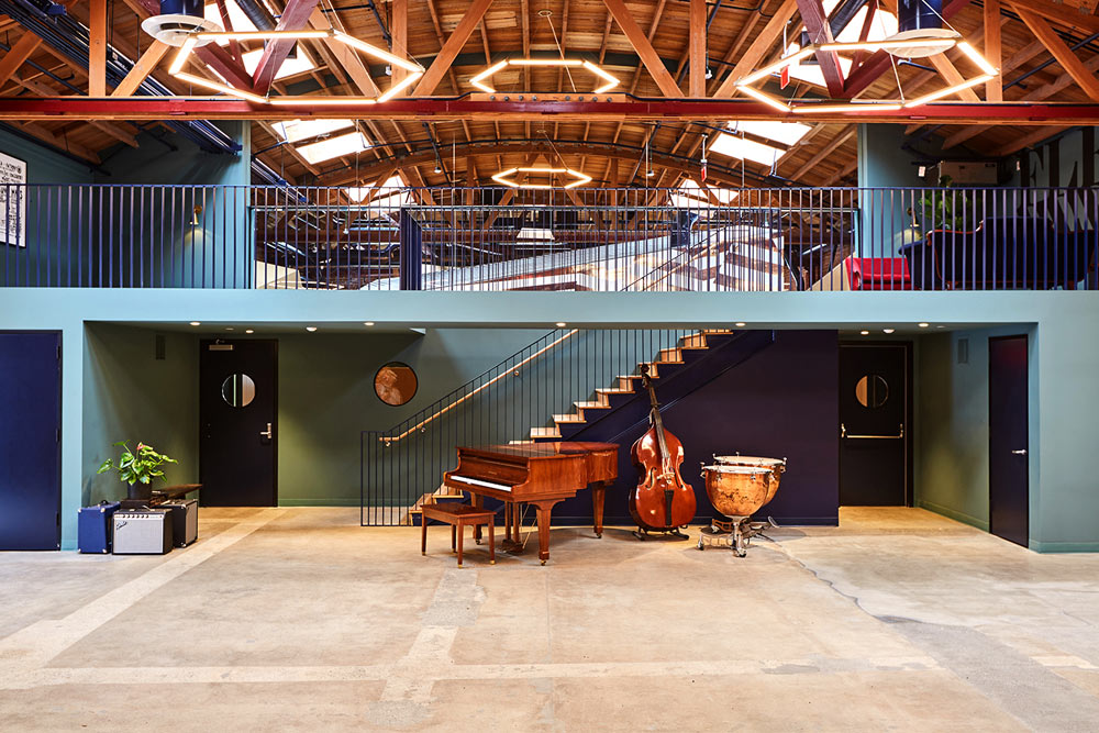 Silverlake Conservatory. Photo by Laure Joliet