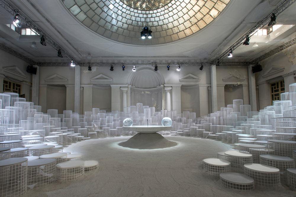 Snarkitecture Altered States installation in Milan, Photo by David Zanardi.