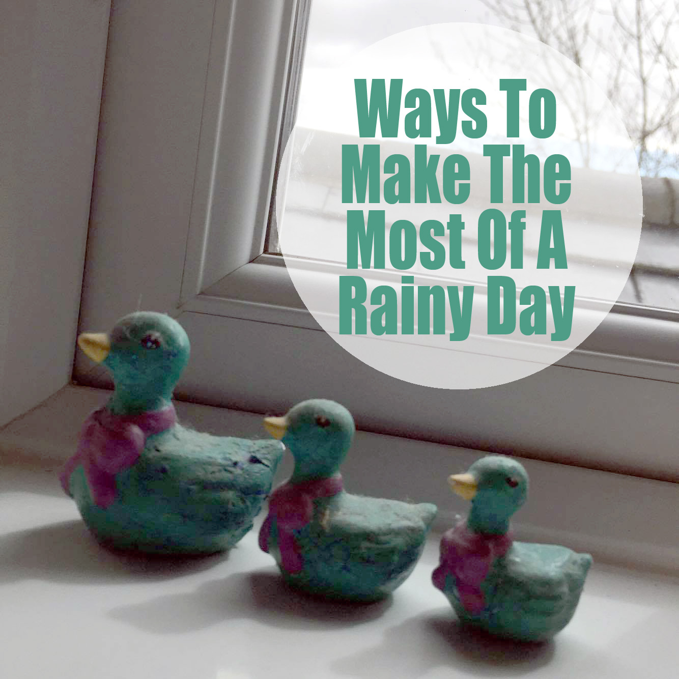 3 Ceramic Ducks In A Row.