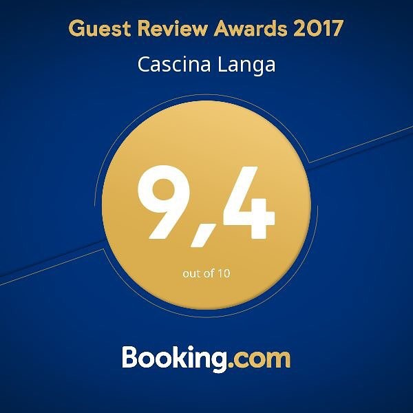 Un grazie speciale a tutti voi per averci aiutato a raggiungere un nuovo traguardo! / A special thanks to all of you for helping us to reach a new goal! #bookingcom #booking #langhe #hotel #cascinalanga #italy