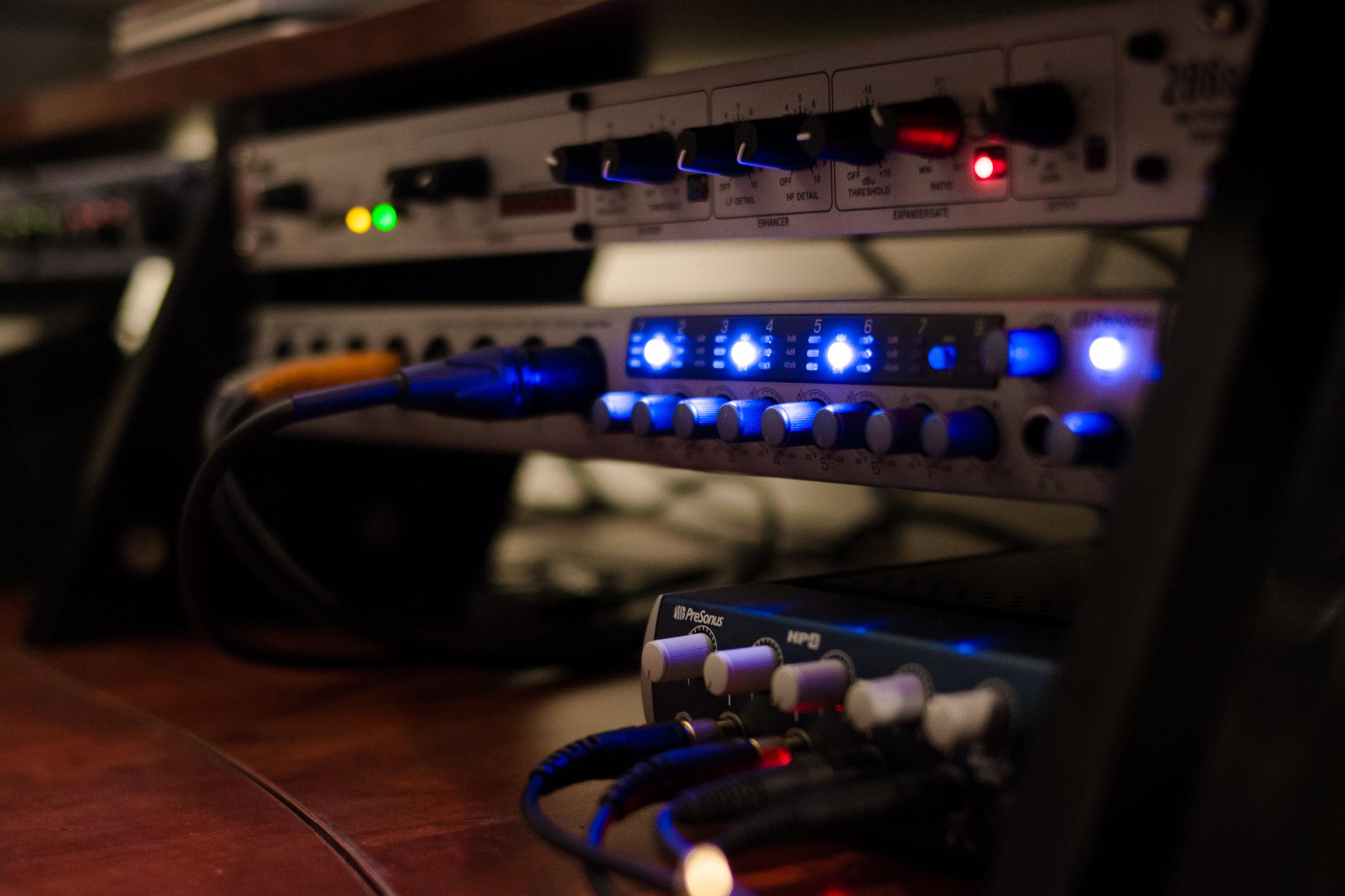 luke-neill-track-11-music-portland-oregon-studio