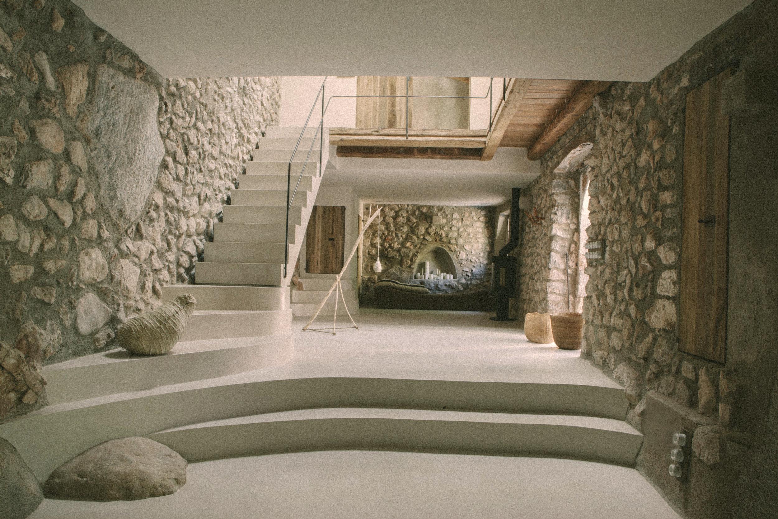 Livingroom 02-Edit-Edit.jpg