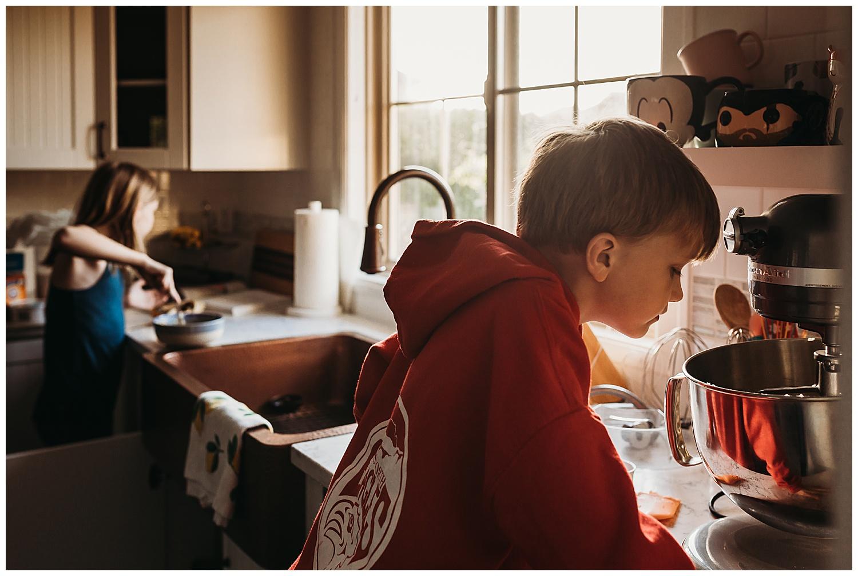 Baking - Kids - Anna Hurley Photography Chilliwack 2.jpg