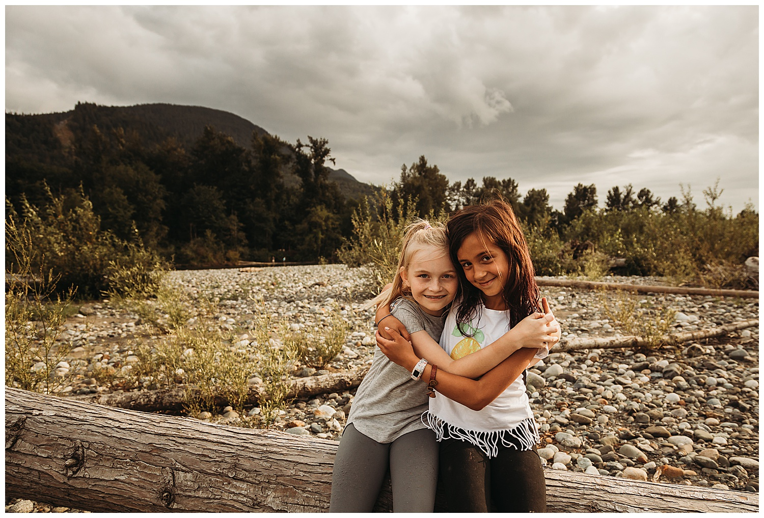 Best Friends Anna Hurley Photography Chilliwack 13.jpg