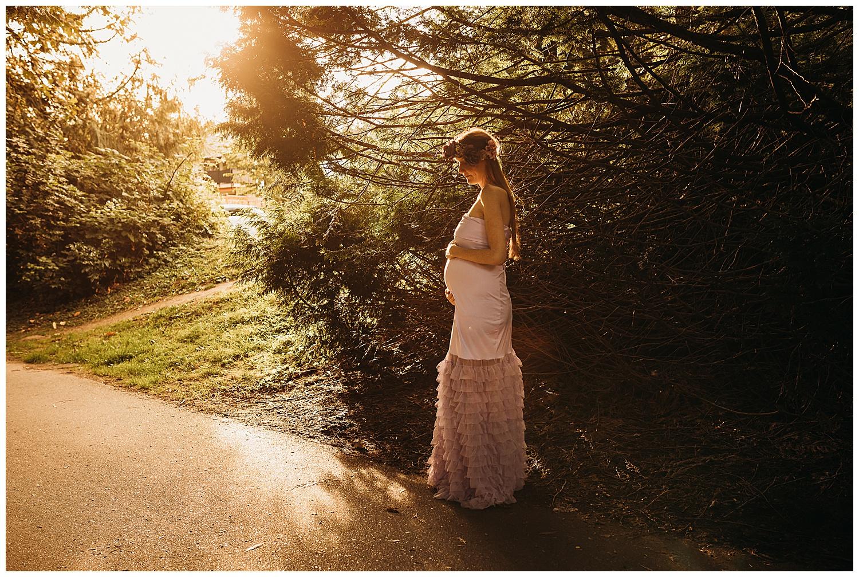 Abbotsford Maternity Anna Hurley Photography 11.jpg
