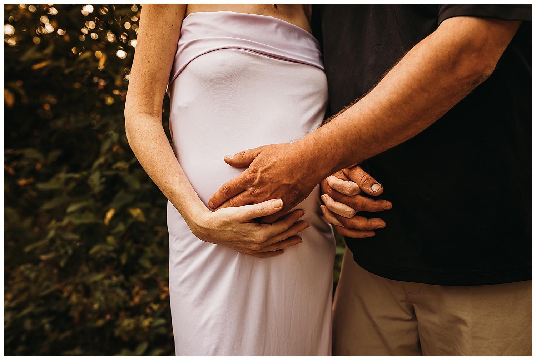 Abbotsford Maternity Anna Hurley Photography 24.jpg