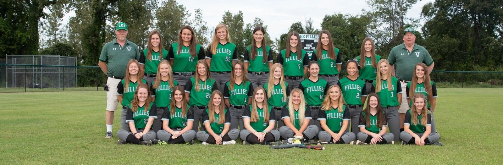 softball 2018 group.jpeg