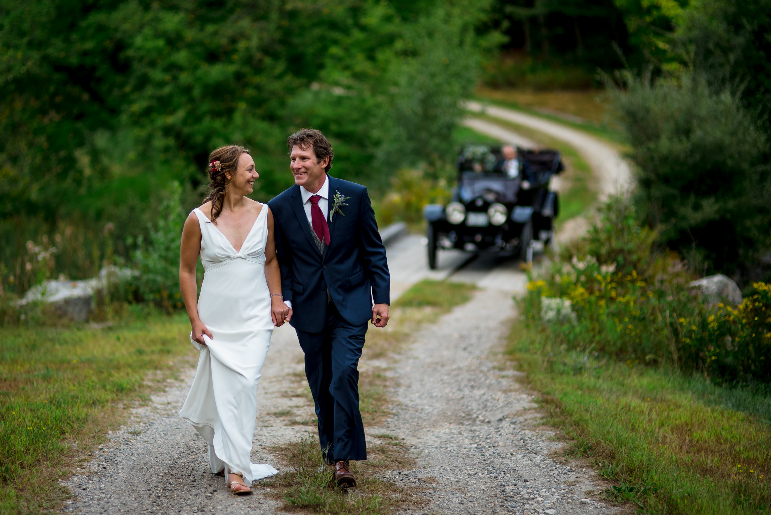 maine wedding photography_bride and groom portraits_vinatage car-54.jpg