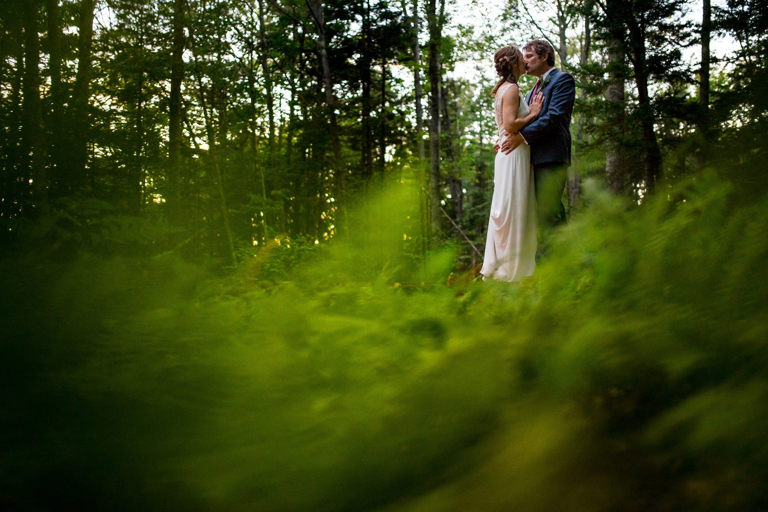 maine wedding photography_bride and groom portraits_vinatage car-67.jpg