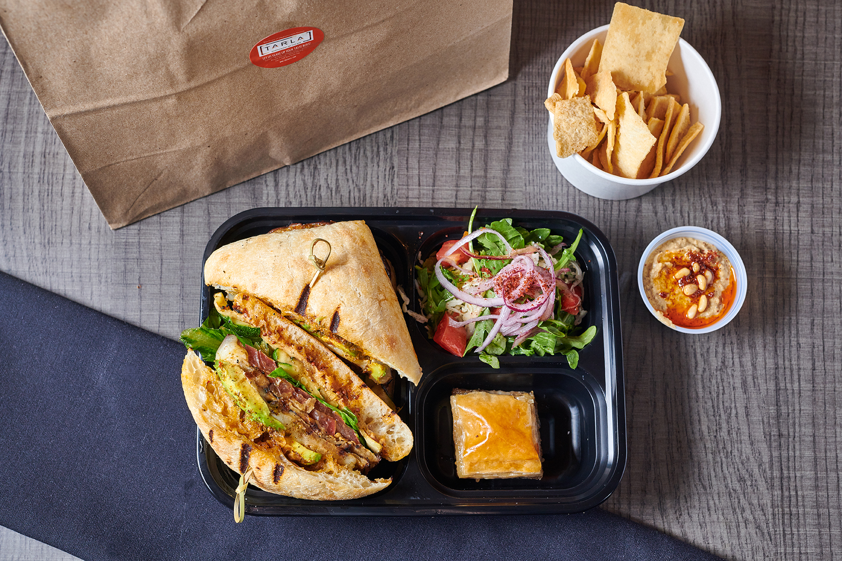 LunchBox-03-Web.jpg