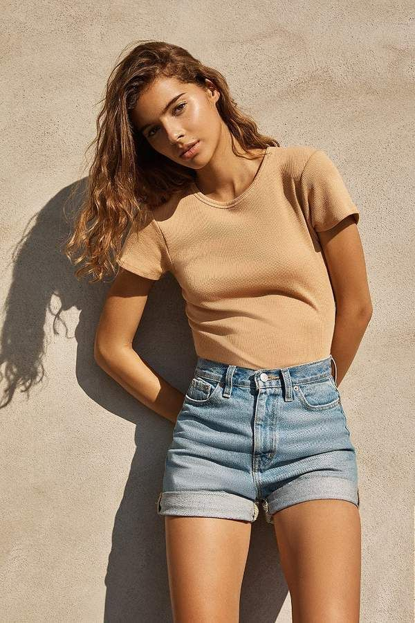 BDG Mom High-Rise Denim Short – Indigo jean shorts and simple tee for women casual outfit summer.jpg