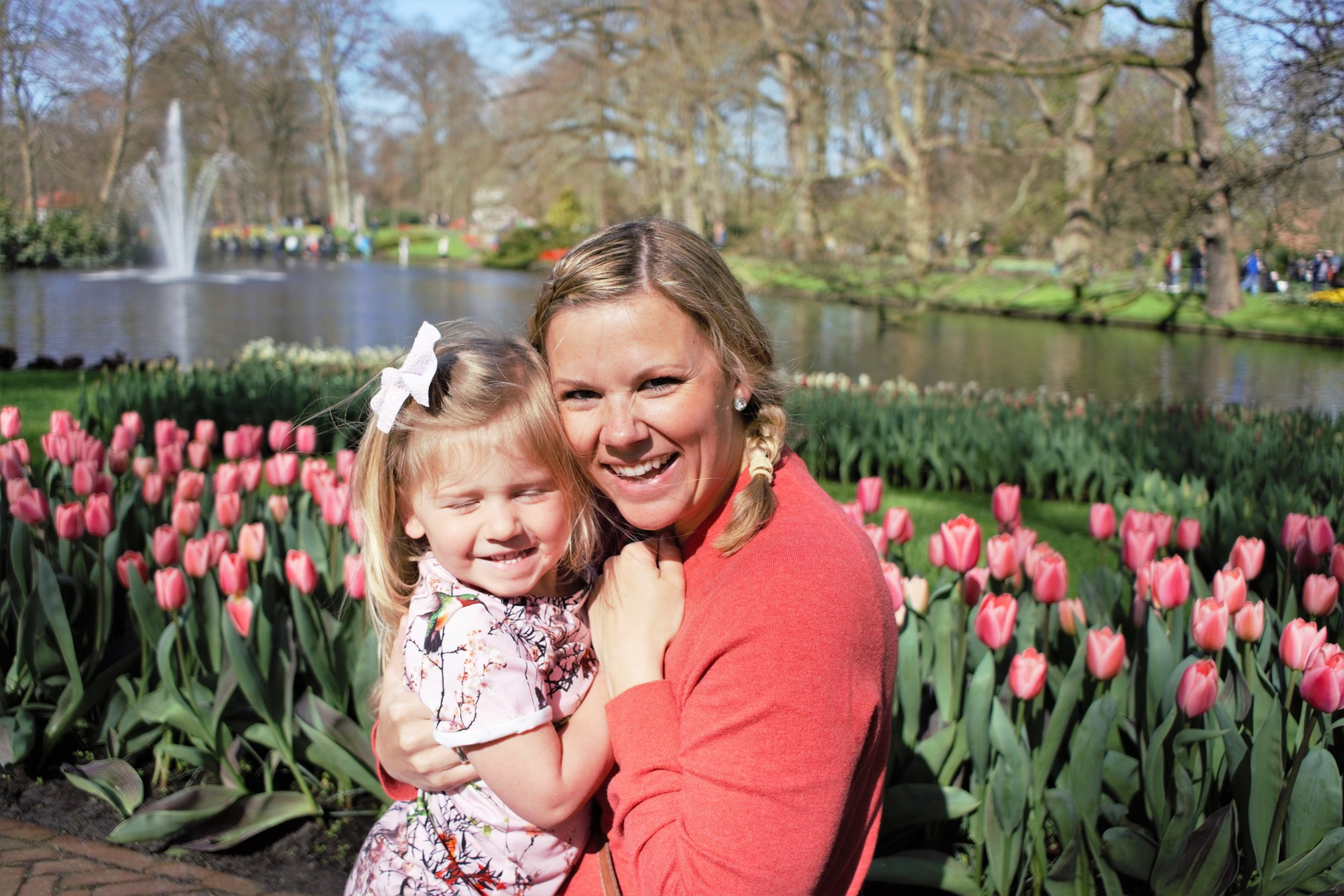 Charletta & Mommy enjoying the beautiful weather & gardens of Keukenhof