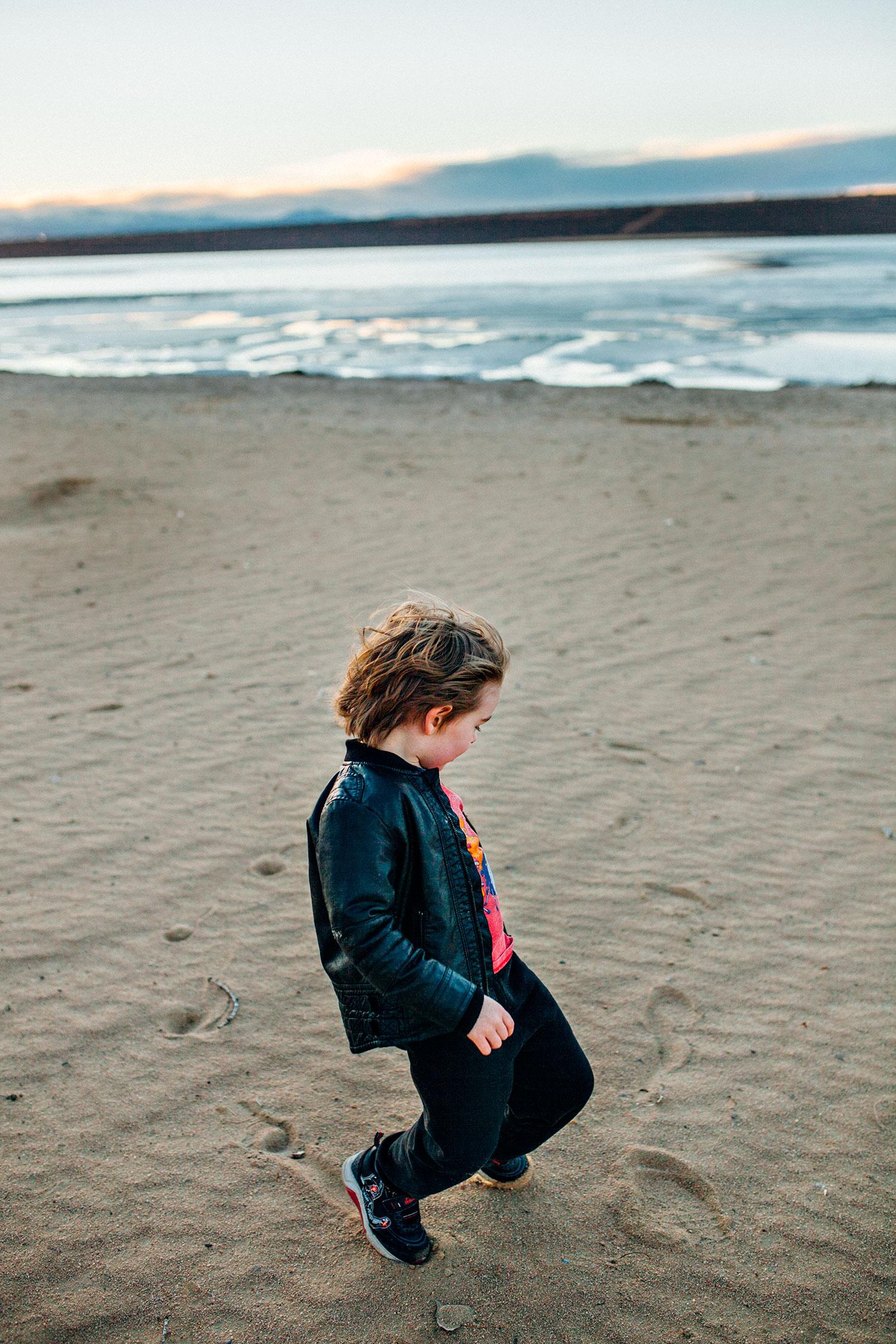footprints-sand.jpg
