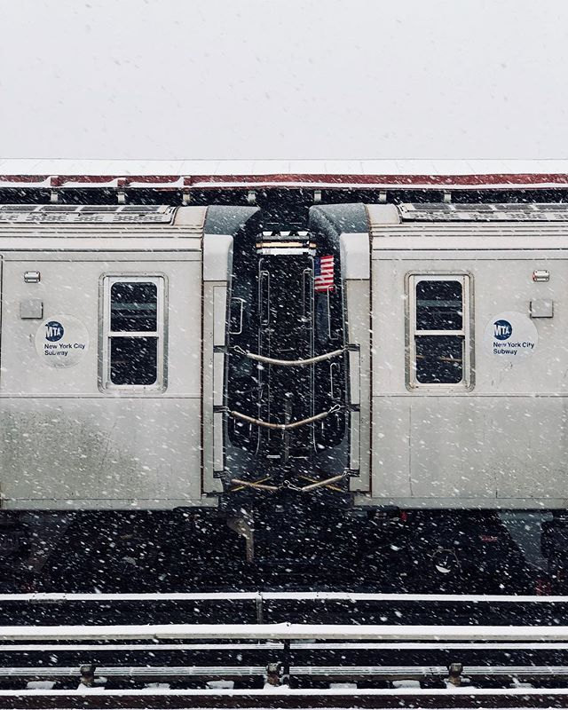Snow #shotoniphone . . . . . . #spicollective #symmetry #citylife #newyorkcity #nyc #spiphotography #streetphotography #metro #mta #iphoneography #iphonephotography #photo #photos #pic #pics #picture #photographer #pictures #snapshot #art #beautiful #instagood #picoftheday #photooftheday