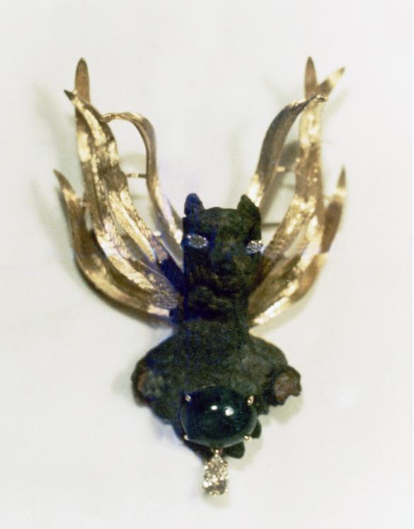 #108 GRIFFIN ROMAN BRONZE_ cab. emerald, diamonds .jpg