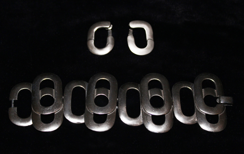 SILVER LINK BRACELET & EARRINGS-1972