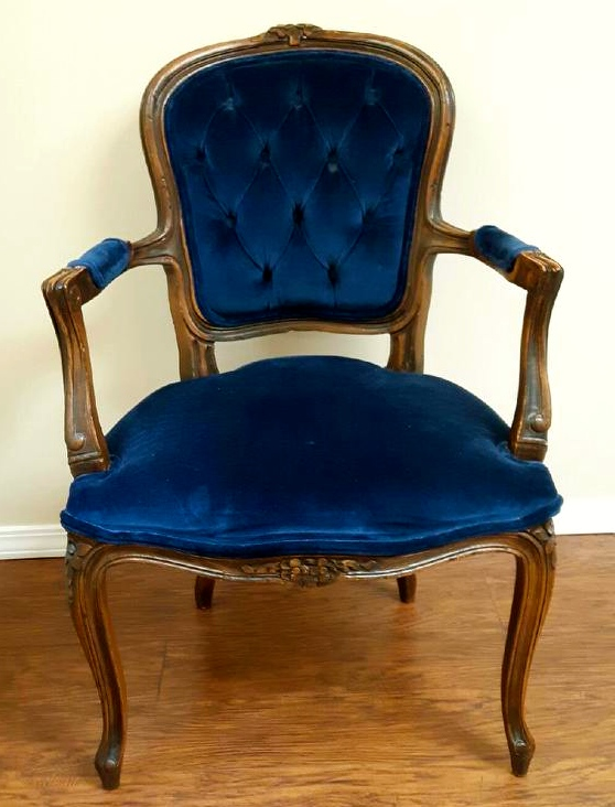 The Blue Velvet Chair; Pure Simple Change; Simplicity Life Coaching; Sarah Creek