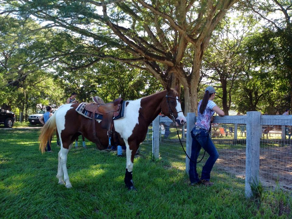 barrel racing clinic costa rica.jpg