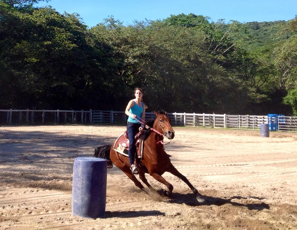 barrel racing girl 2.jpg