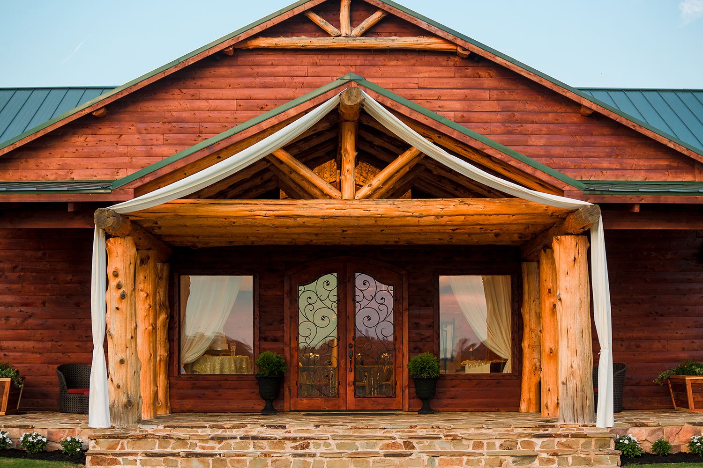Cedar_Ridge_Wedding_Venue_25.jpg