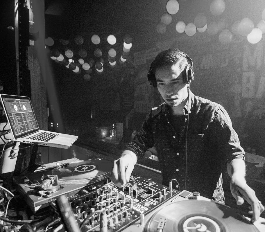 DJ-22.jpg