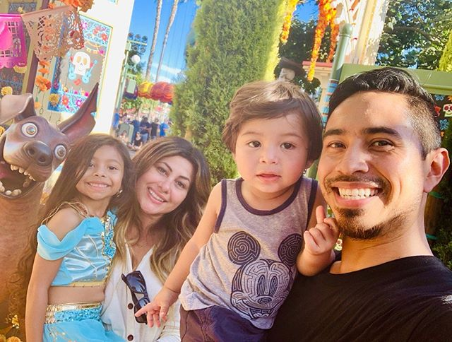 unforgettable Sunday with the family 👨👩👧👦 kicked off our Halloween fun on the first day of fall 🧡