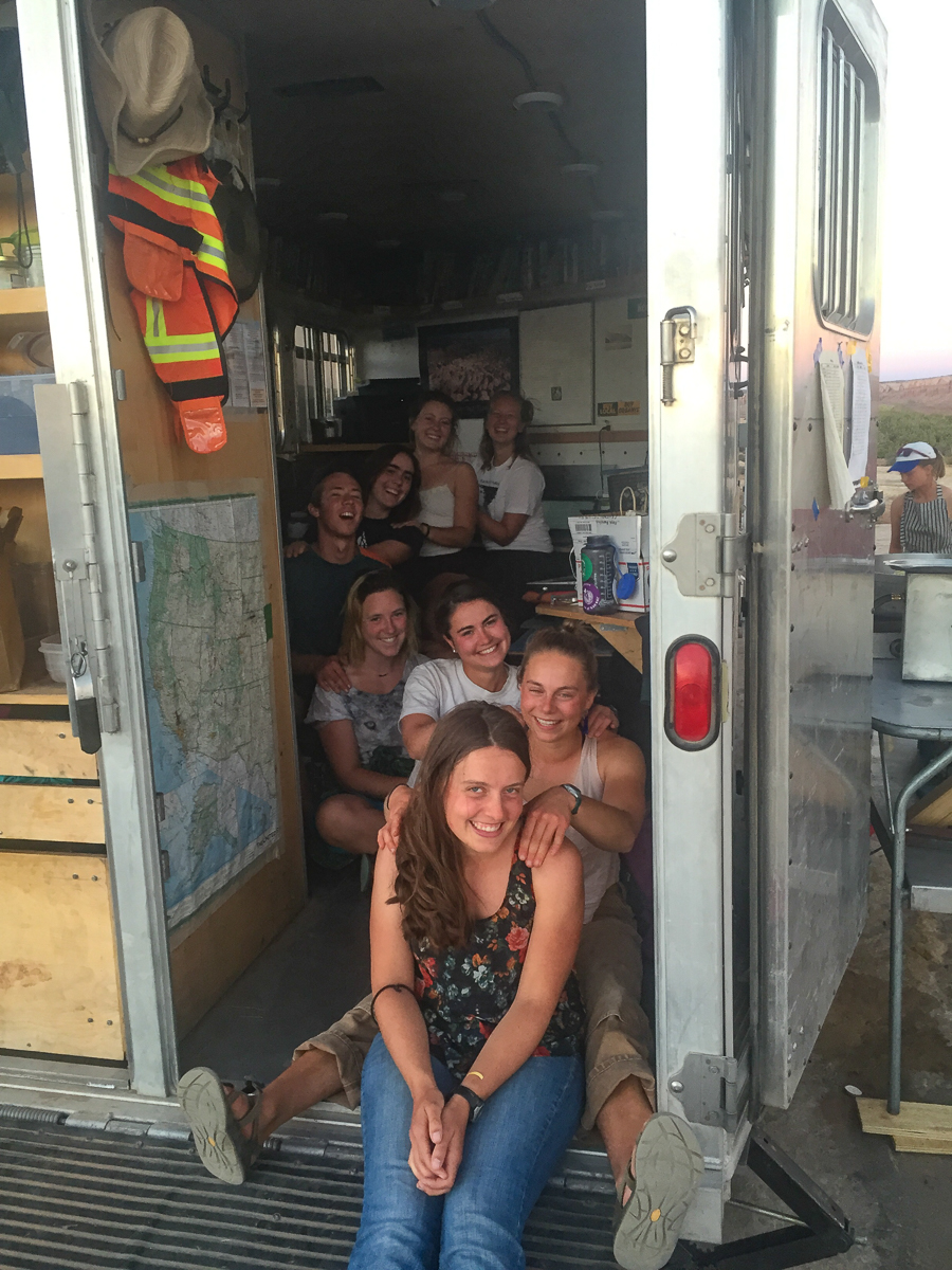 Trailer massage train