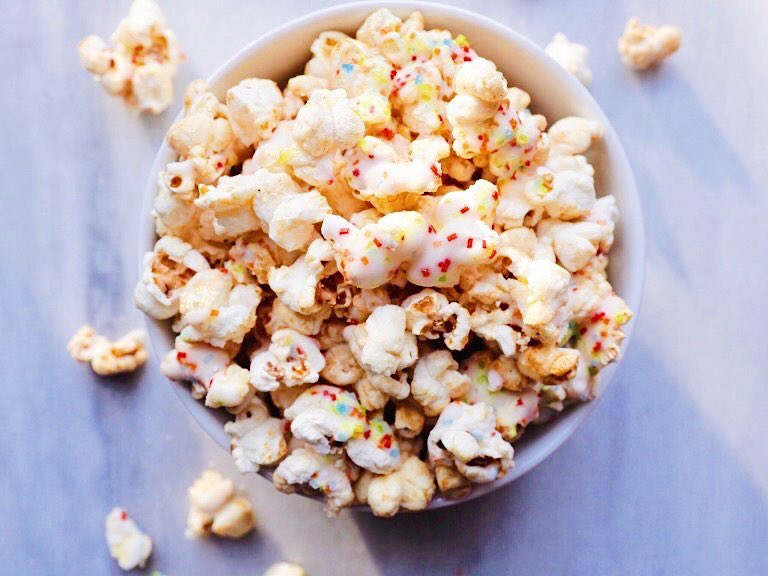 maddy and maize popcorn mixed bowl.jpg