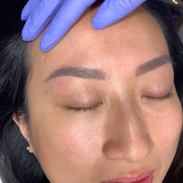 Healed brows over old microblading 🔥 Swipe to see immediately after touch up, bare brows with old microblading and immediately after first session. Please email for all permanent work 💕 .