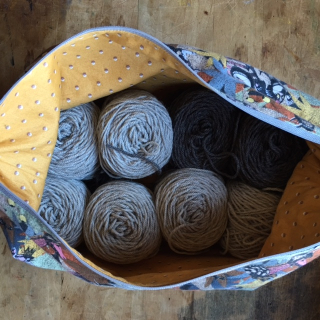 Wild Things bag by   Stitch Marks The Spot   and   Vista   Yarn by   Classic Elite