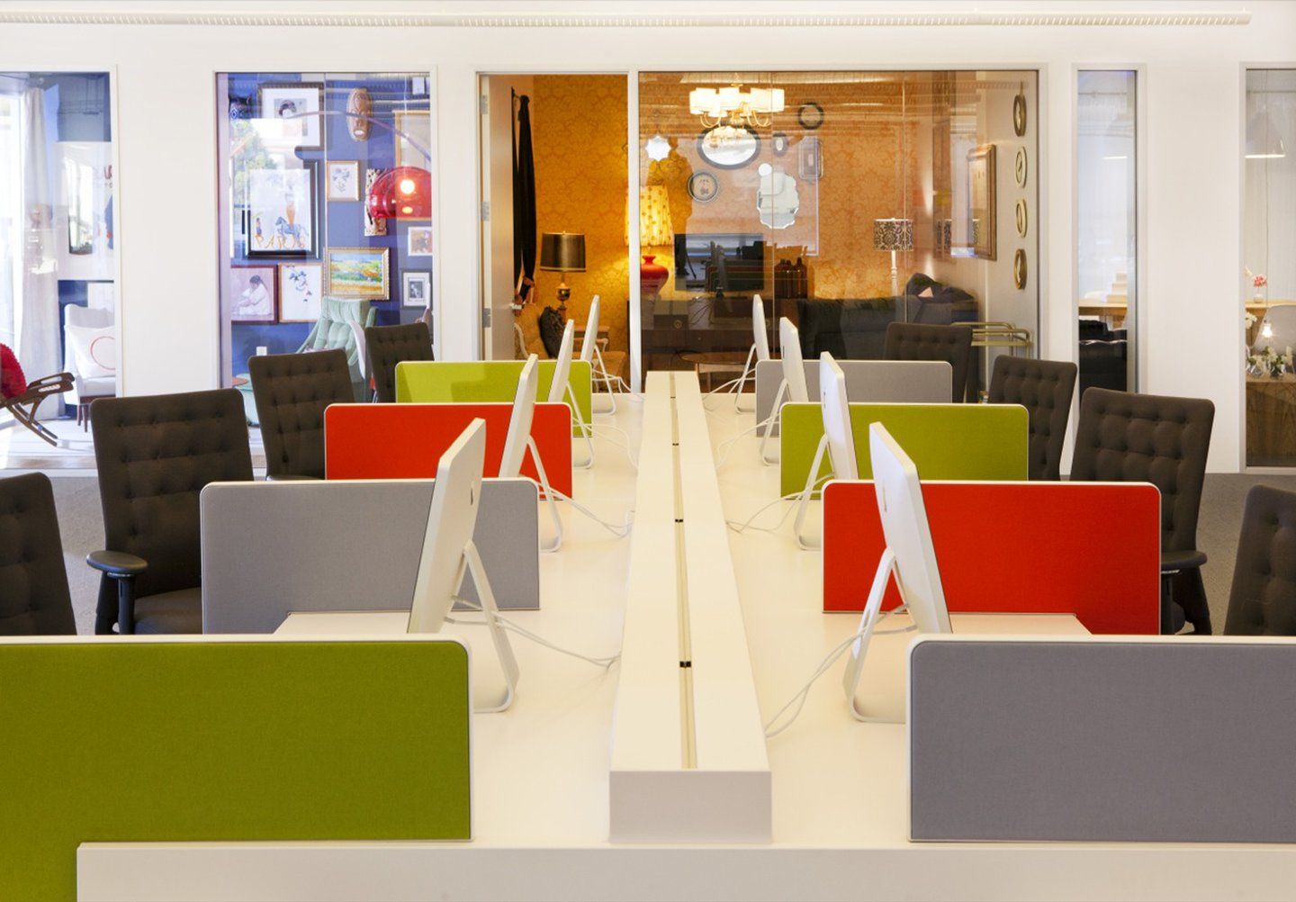 airbnb-cool-office-design-office-interiors-open-plan-office-looking-to-meeting-rooms.jpg