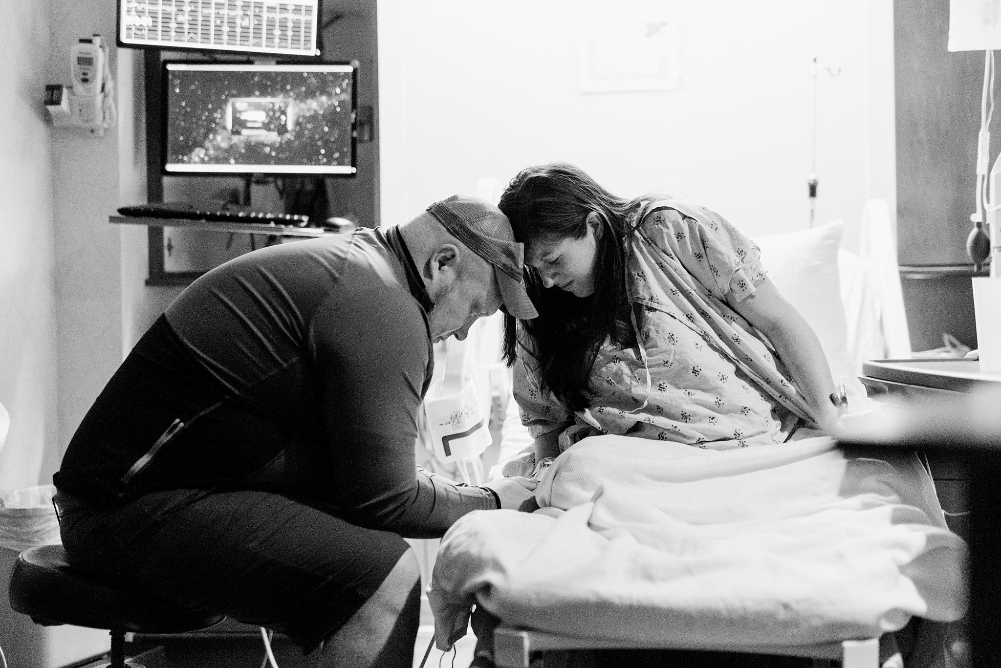atlanta-birth-photographer-piedmont-fayette-hospital-birth-mallievinson-8.jpg