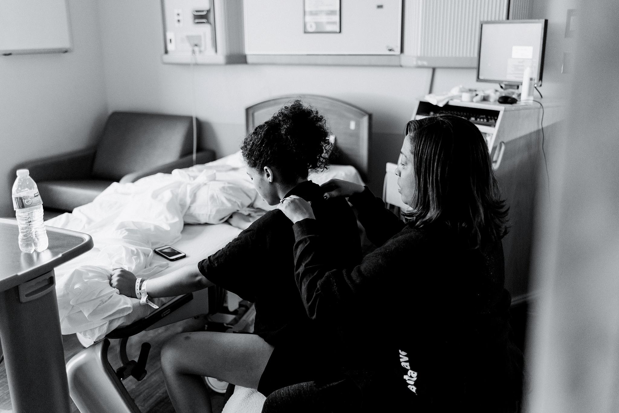 atlanta-medical-center-birth-photographer-nykole-smith-153.jpg