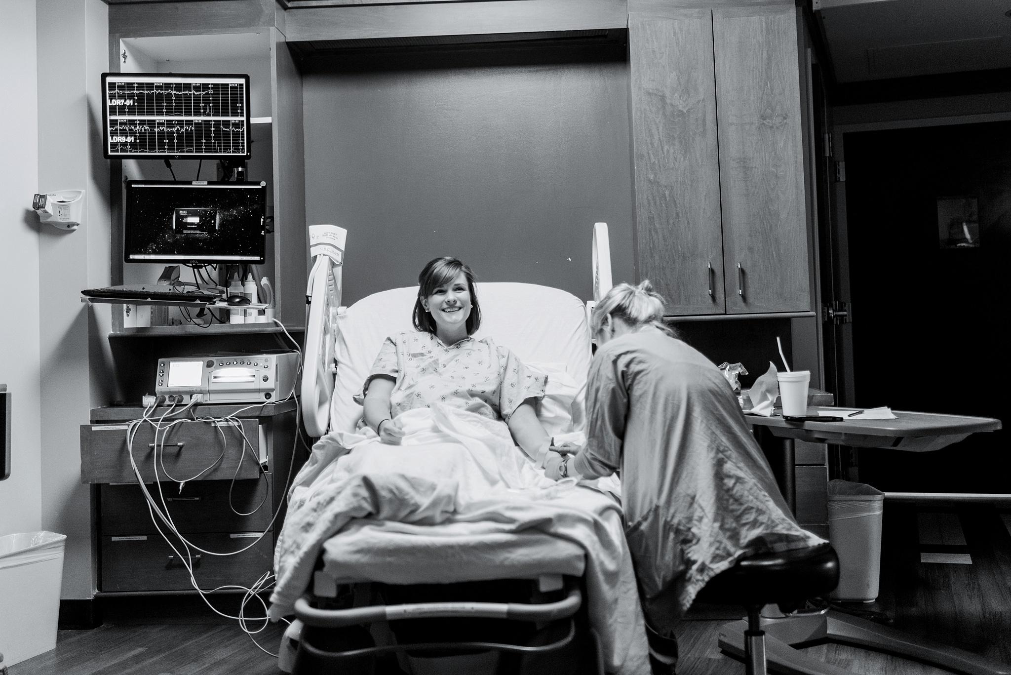 fayetteville-georgia-piedmont-fayette-hospital-birth-photography-sarahmoore-35.jpg