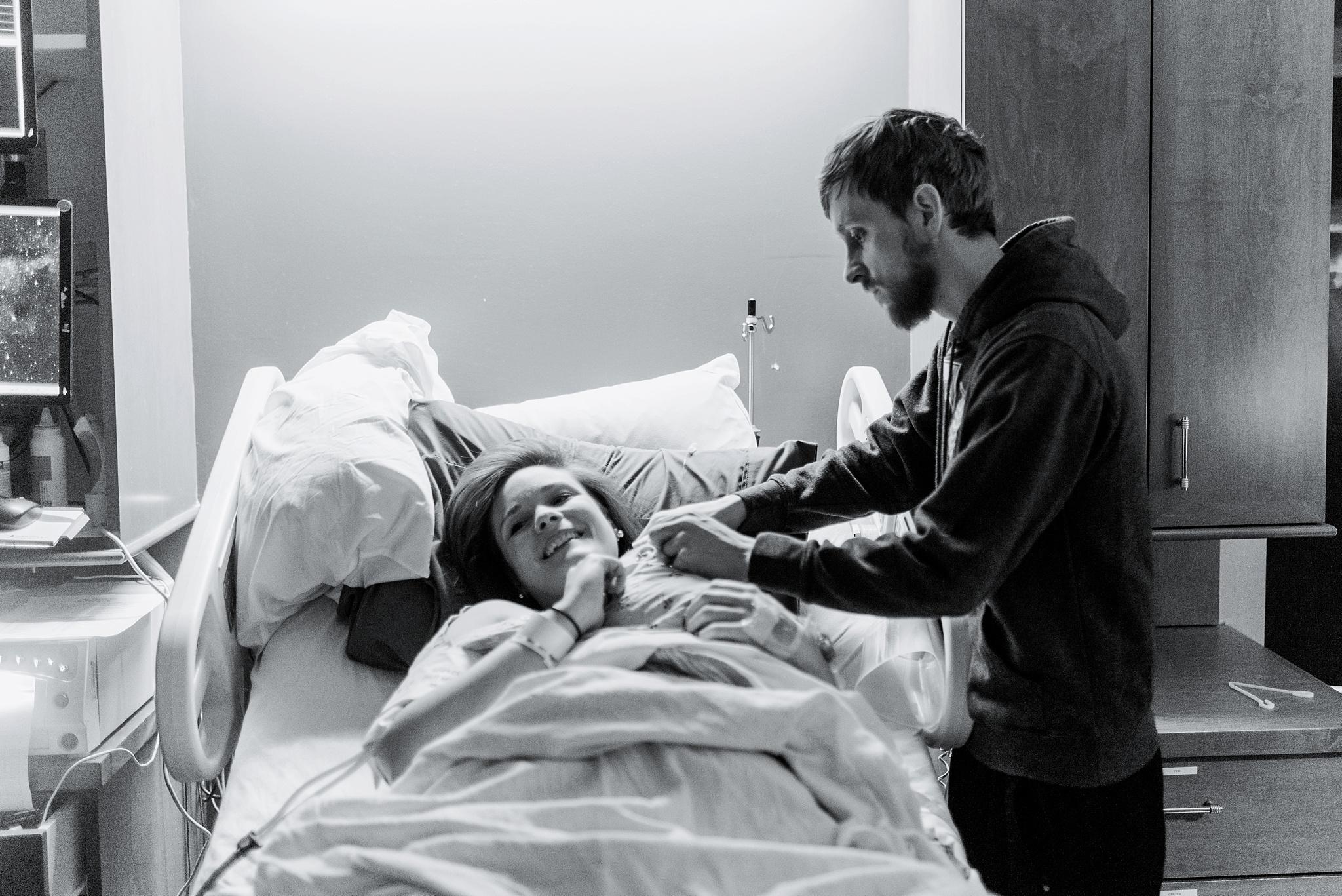 fayetteville-georgia-piedmont-fayette-hospital-birth-photography-sarahmoore-140.jpg
