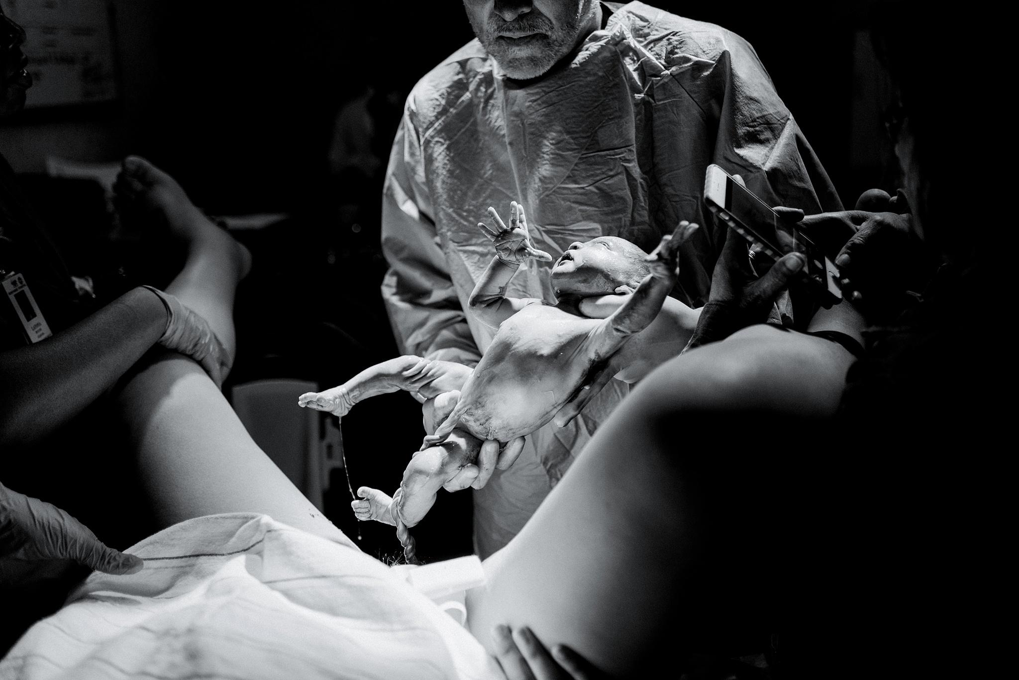 northside-hospital-birth-photographer-ella-mary-claire-92.jpg