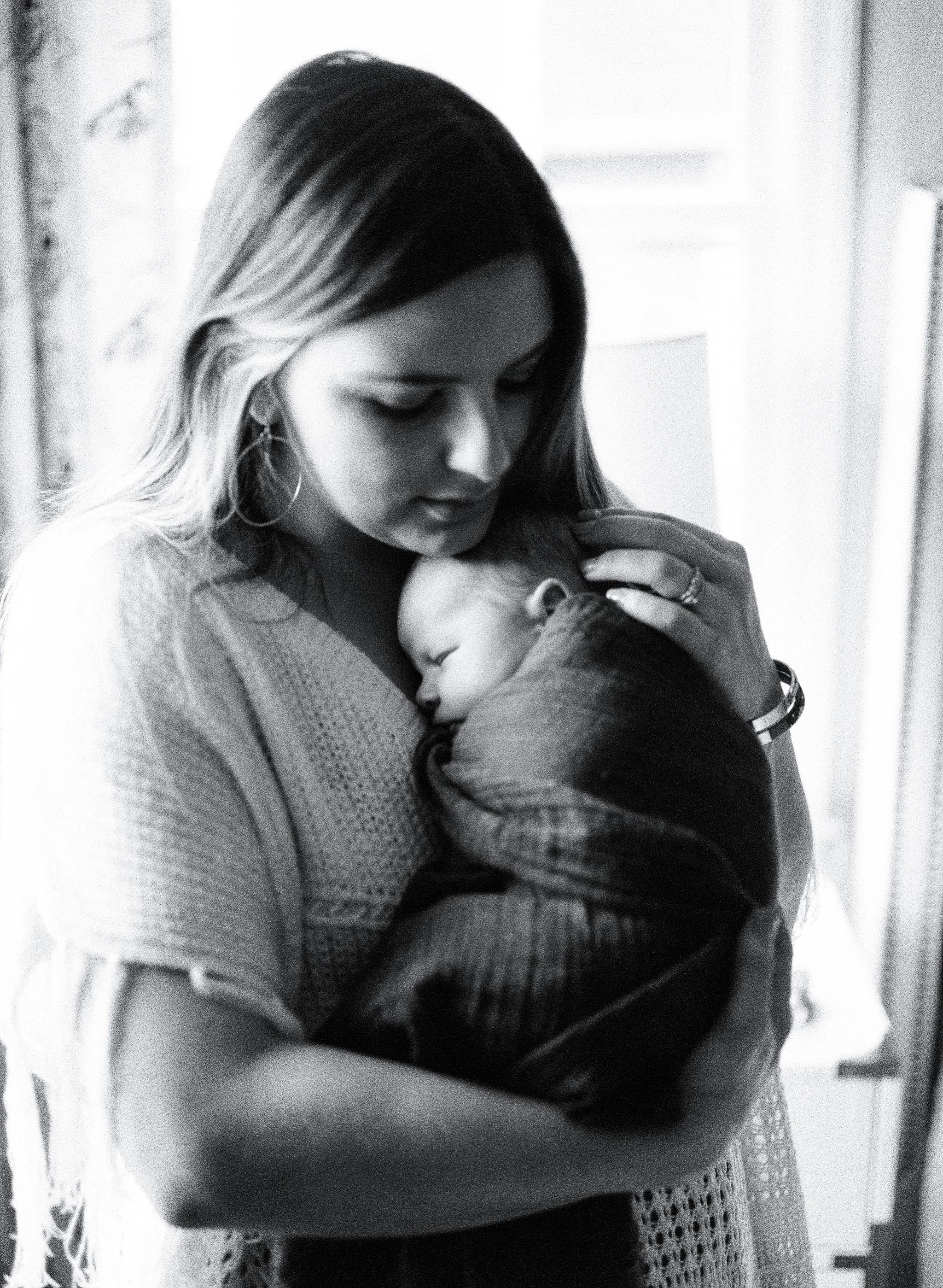 atlanta-georgia-fine-art-film-newborn-photographer-kaitlynne-grice-64.jpg