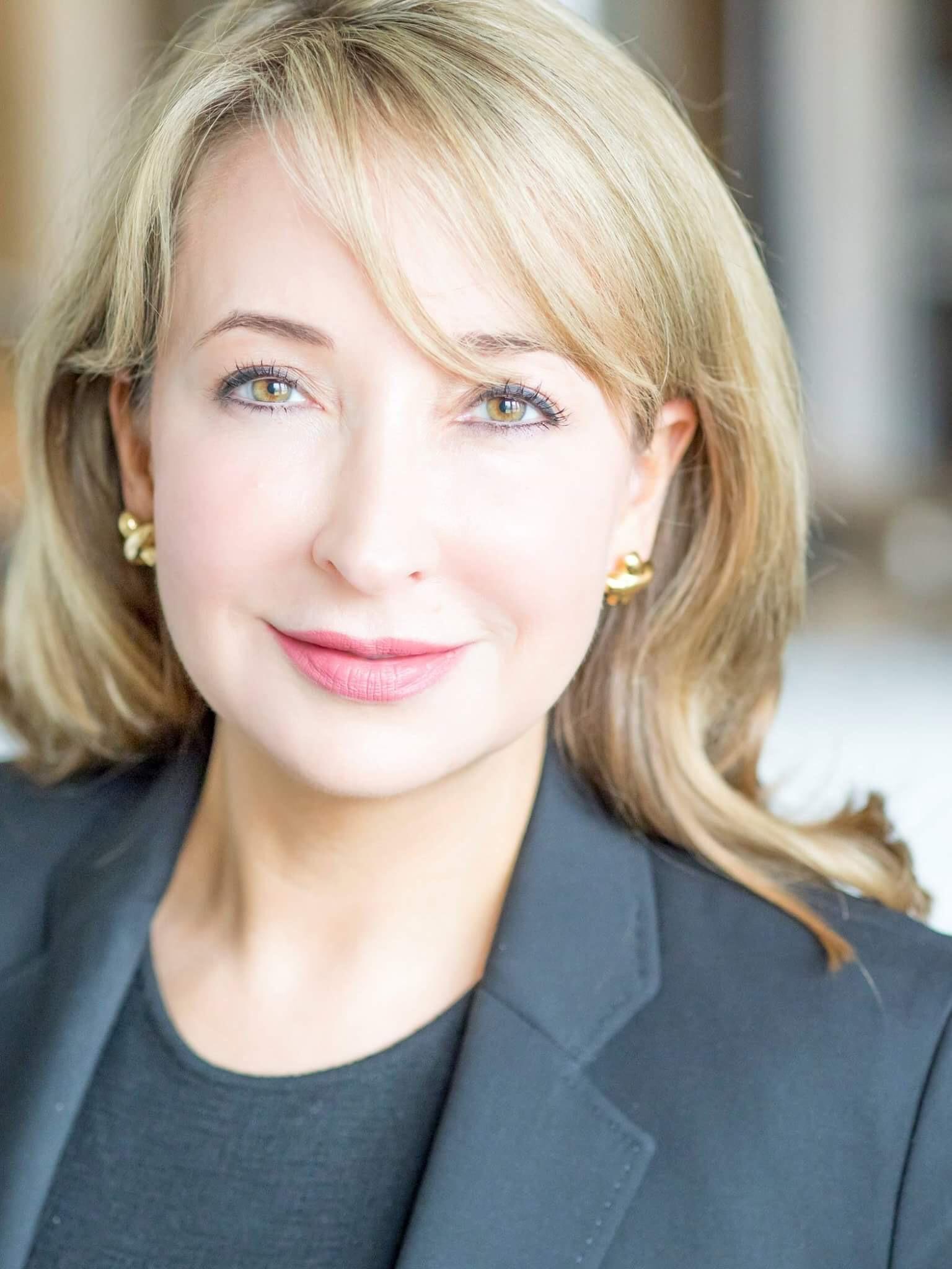 Angela Yochem