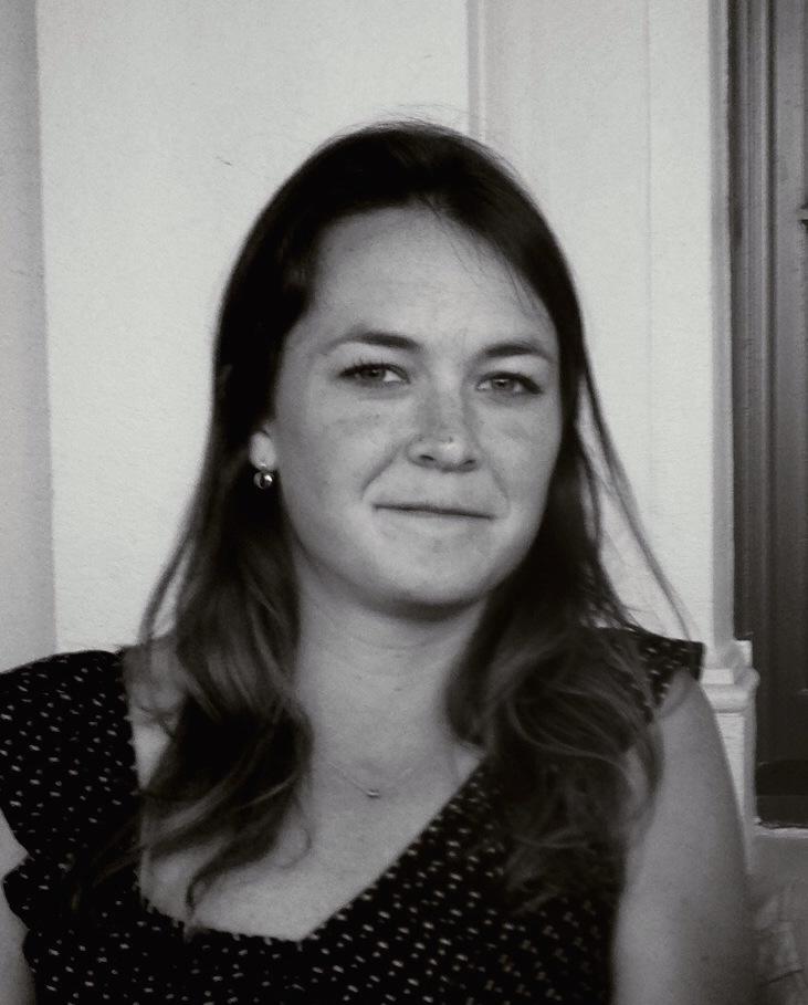 Leigh Lucas Author