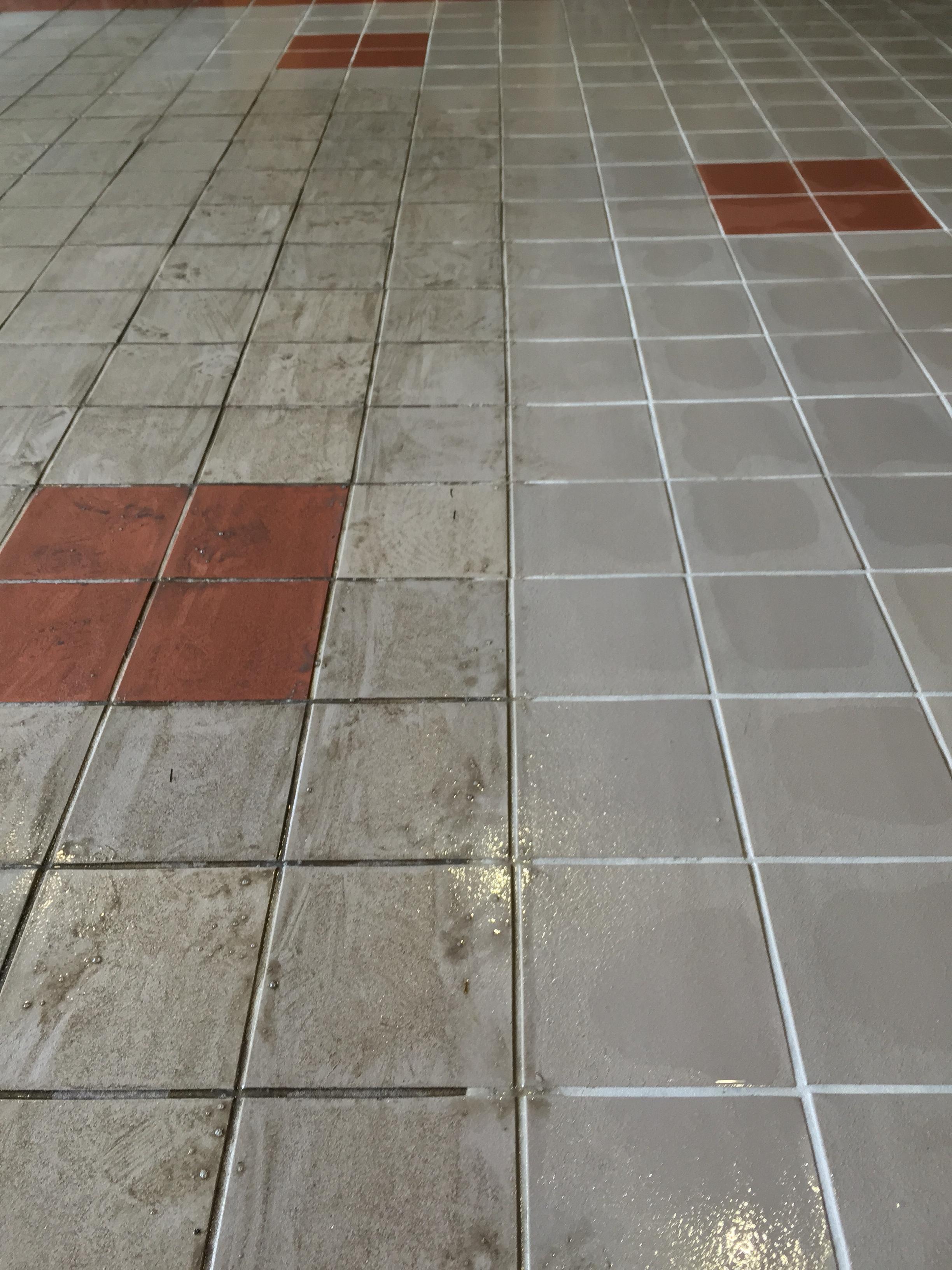 Building entrance floor tile