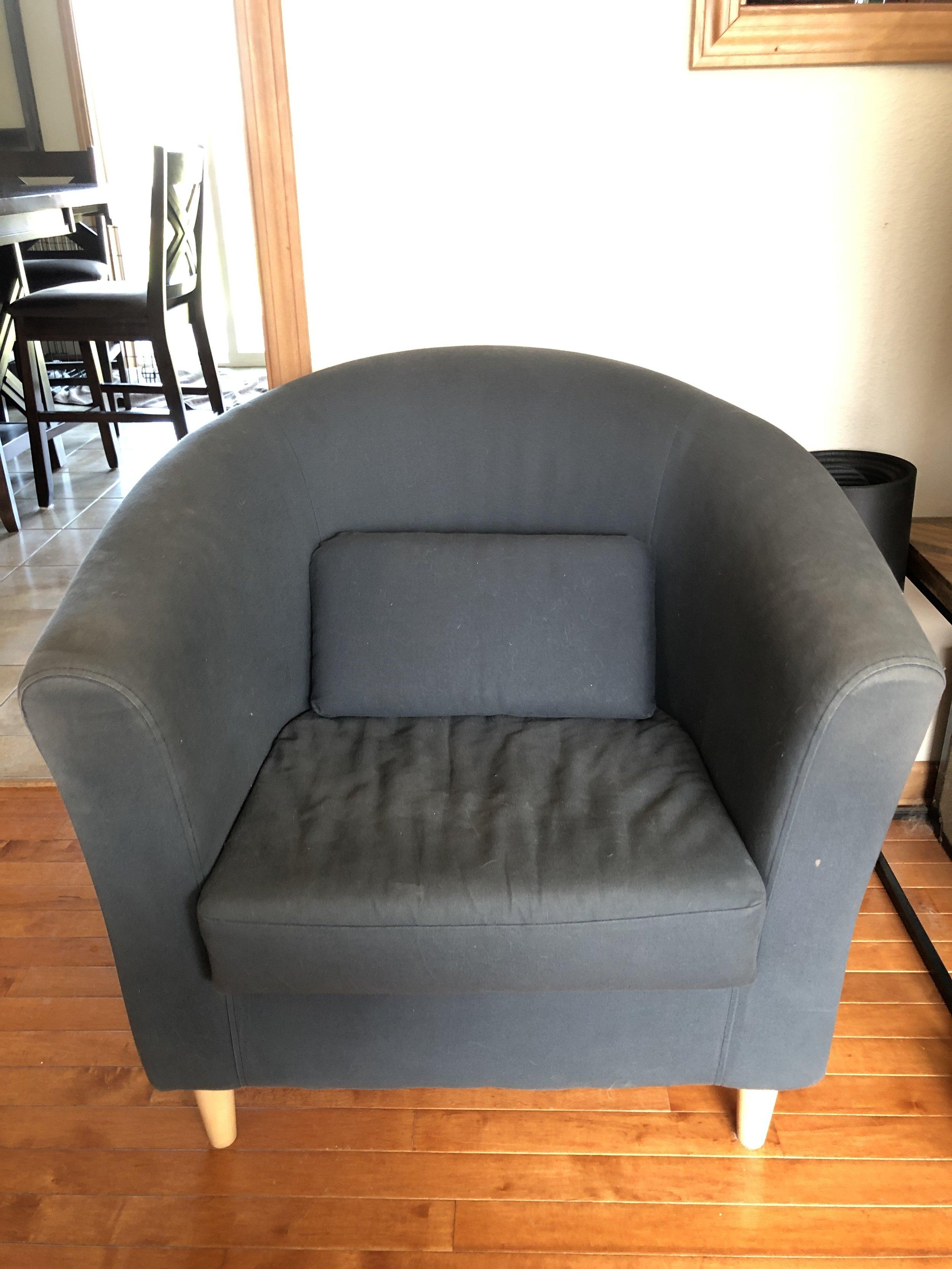 Upholstery cleaning everett before