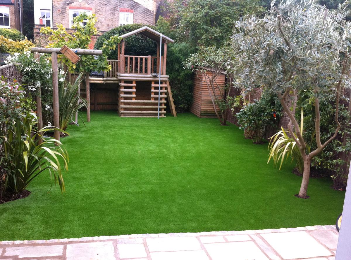 artificial-grass-play-garden-