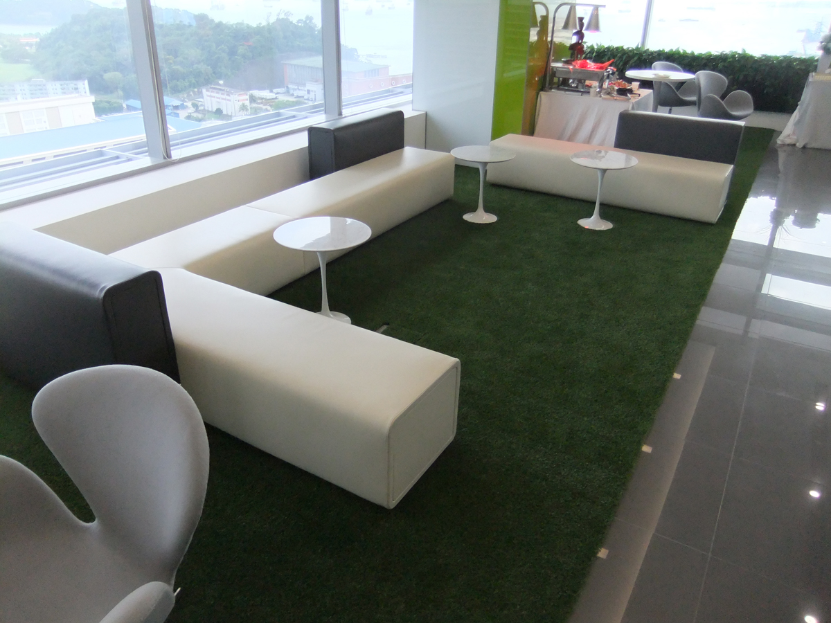 Restaurants   Stand out from the crowds with Royal Grass in your restaurant.