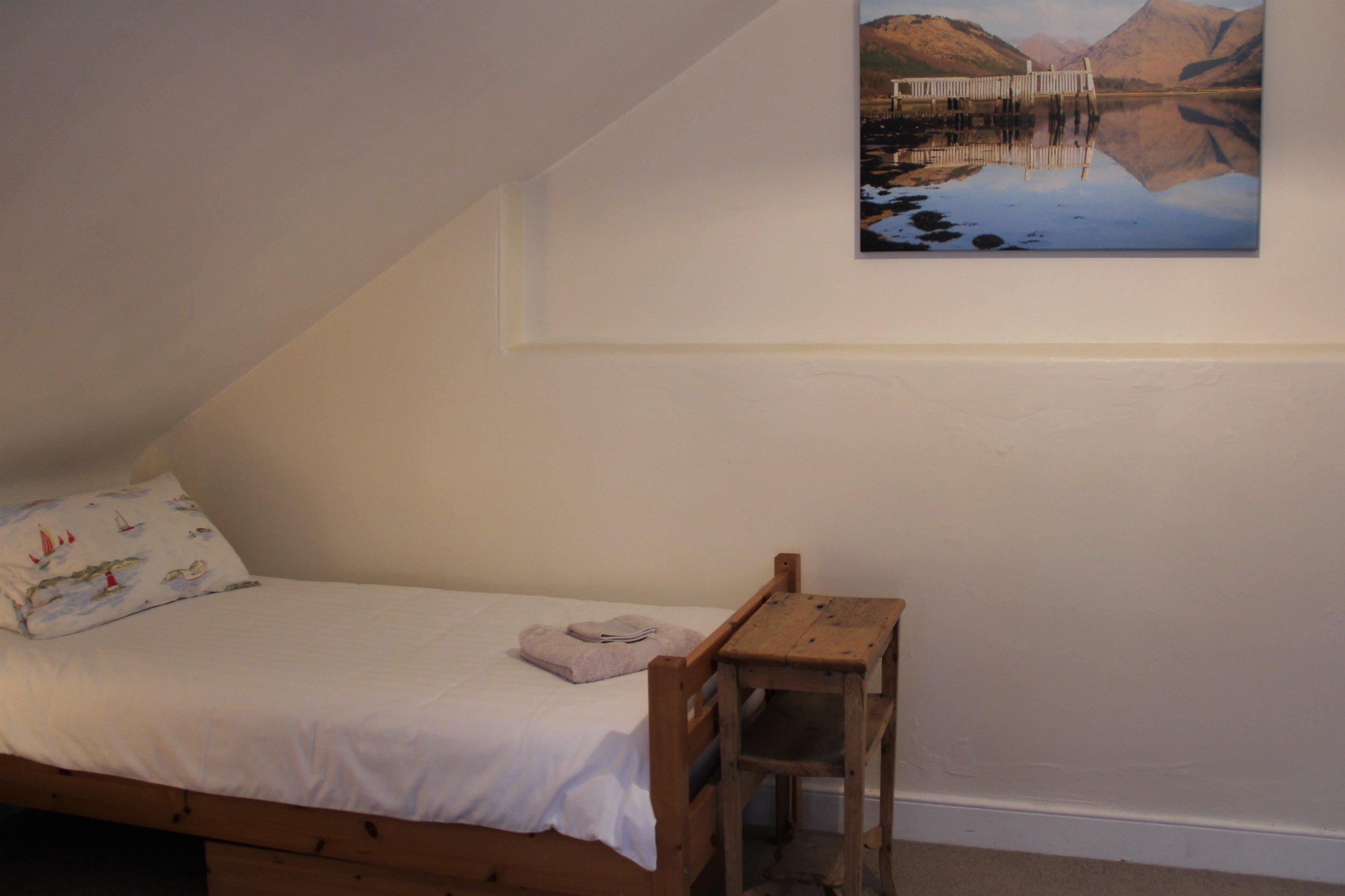 Enlarged Bed 4 or Lounge (3).JPG