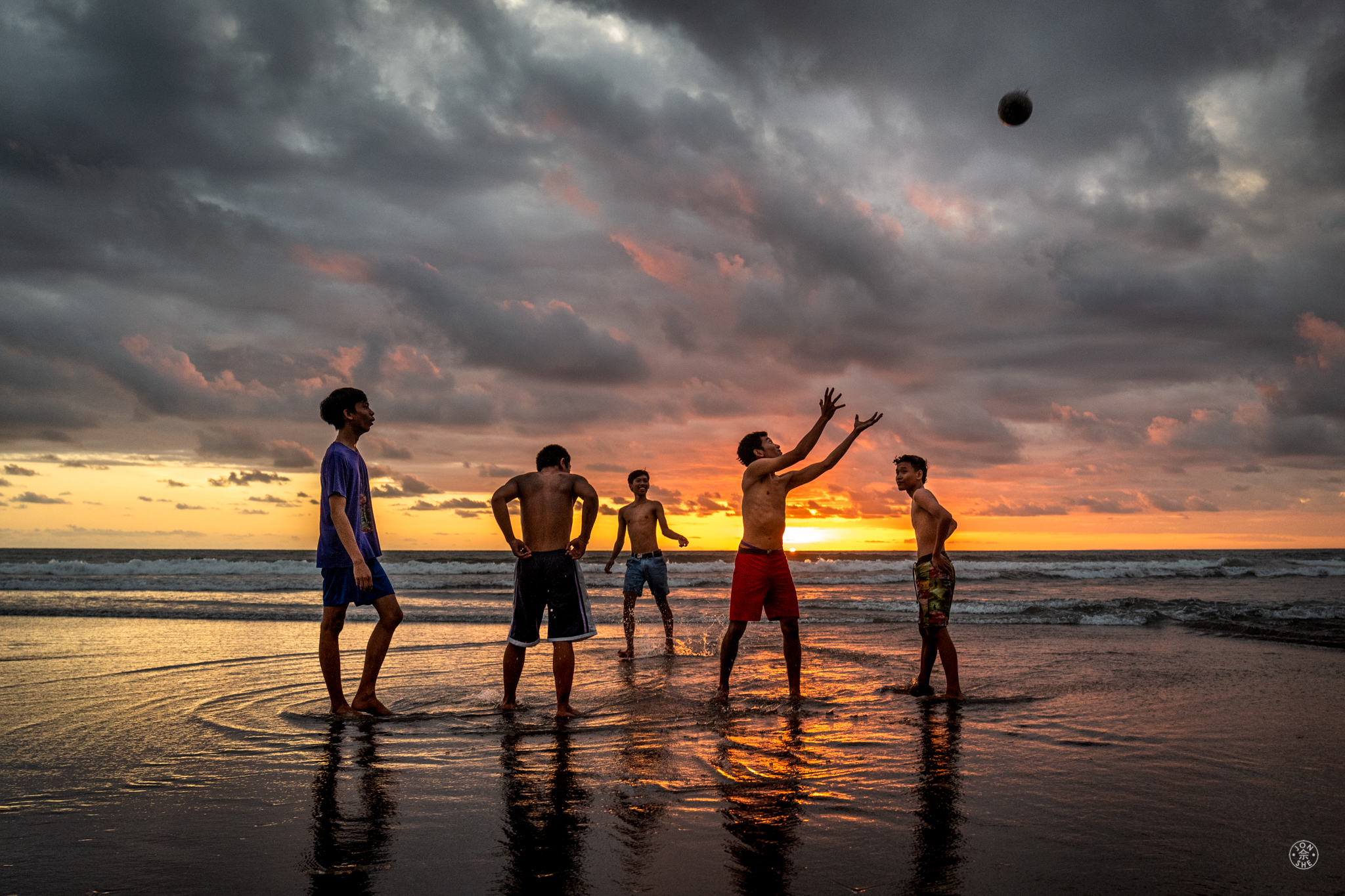 Postcards from Paradise (5): Sunset Soccer