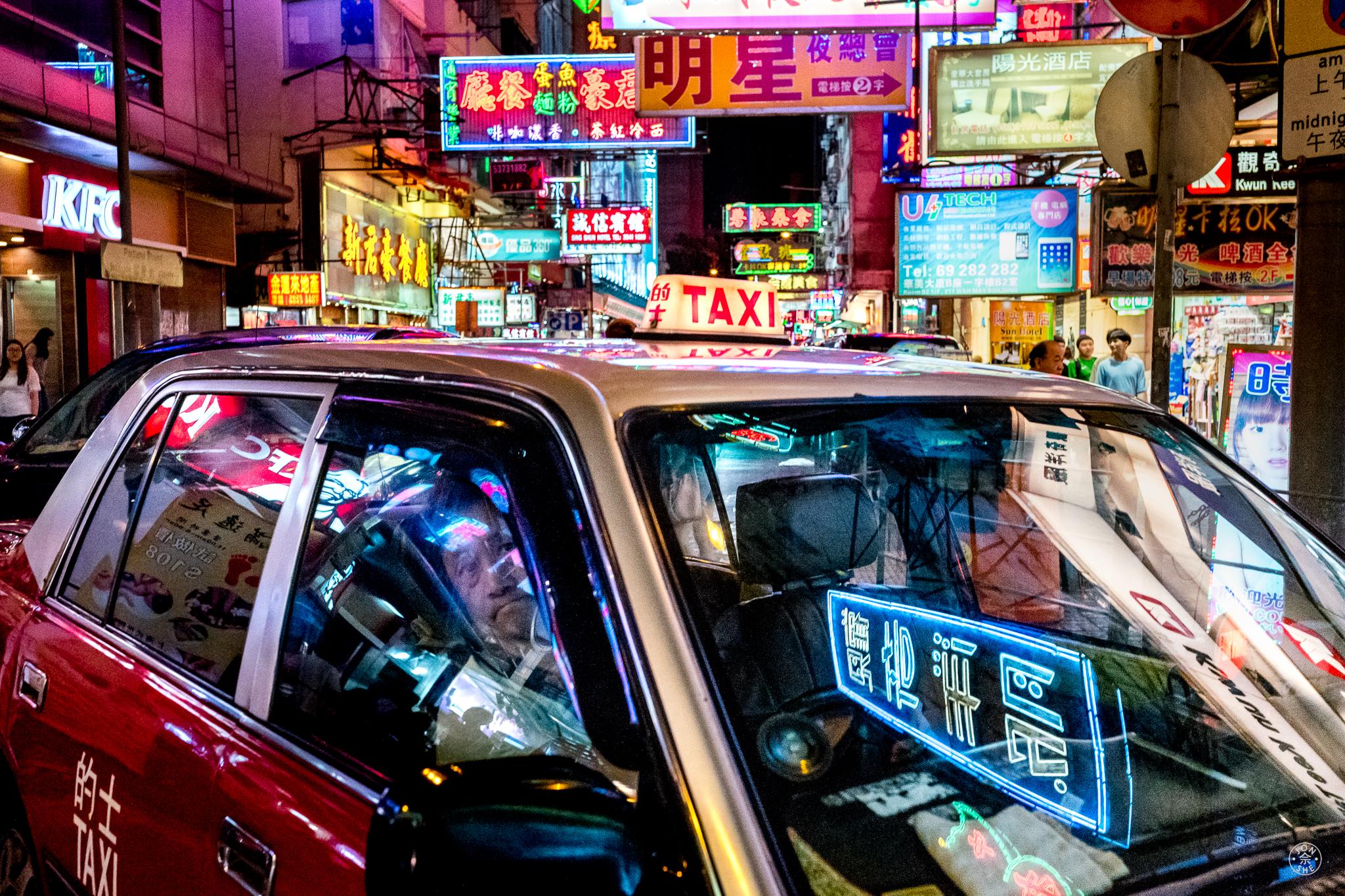 Neon Taxi