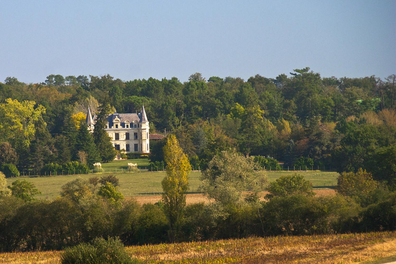 Chateau-left.jpg