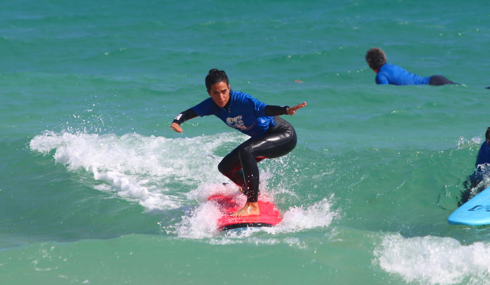 Surf courses for beginners and intermediate -