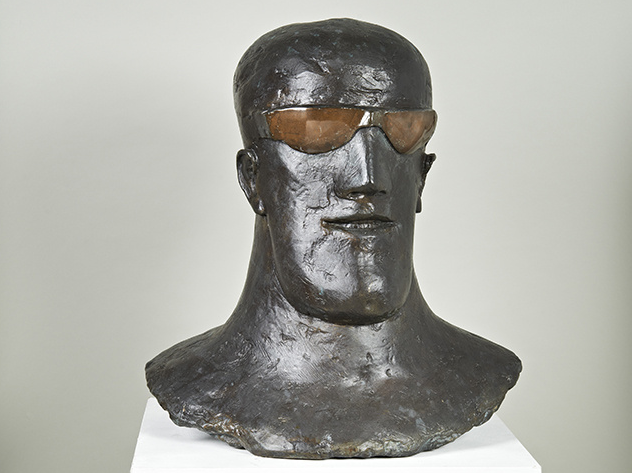 Elisabeth Frink: Goggled Head I 1969 Bronze  Photo: Dominic Brown